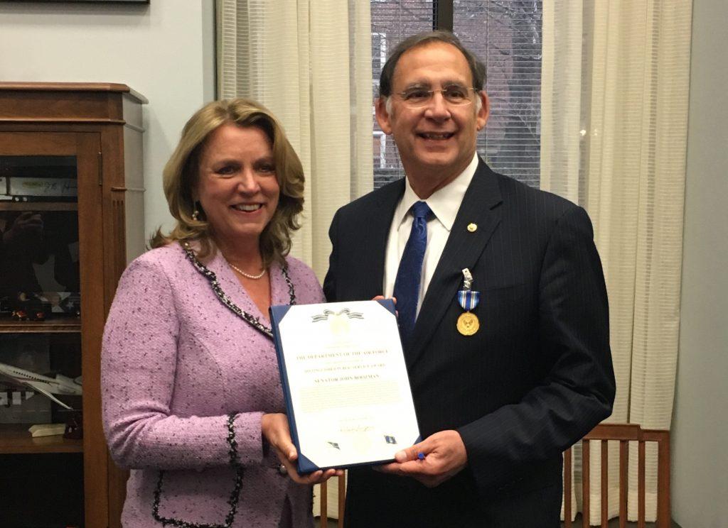 boozman-awarded-distinguished-public-service-award