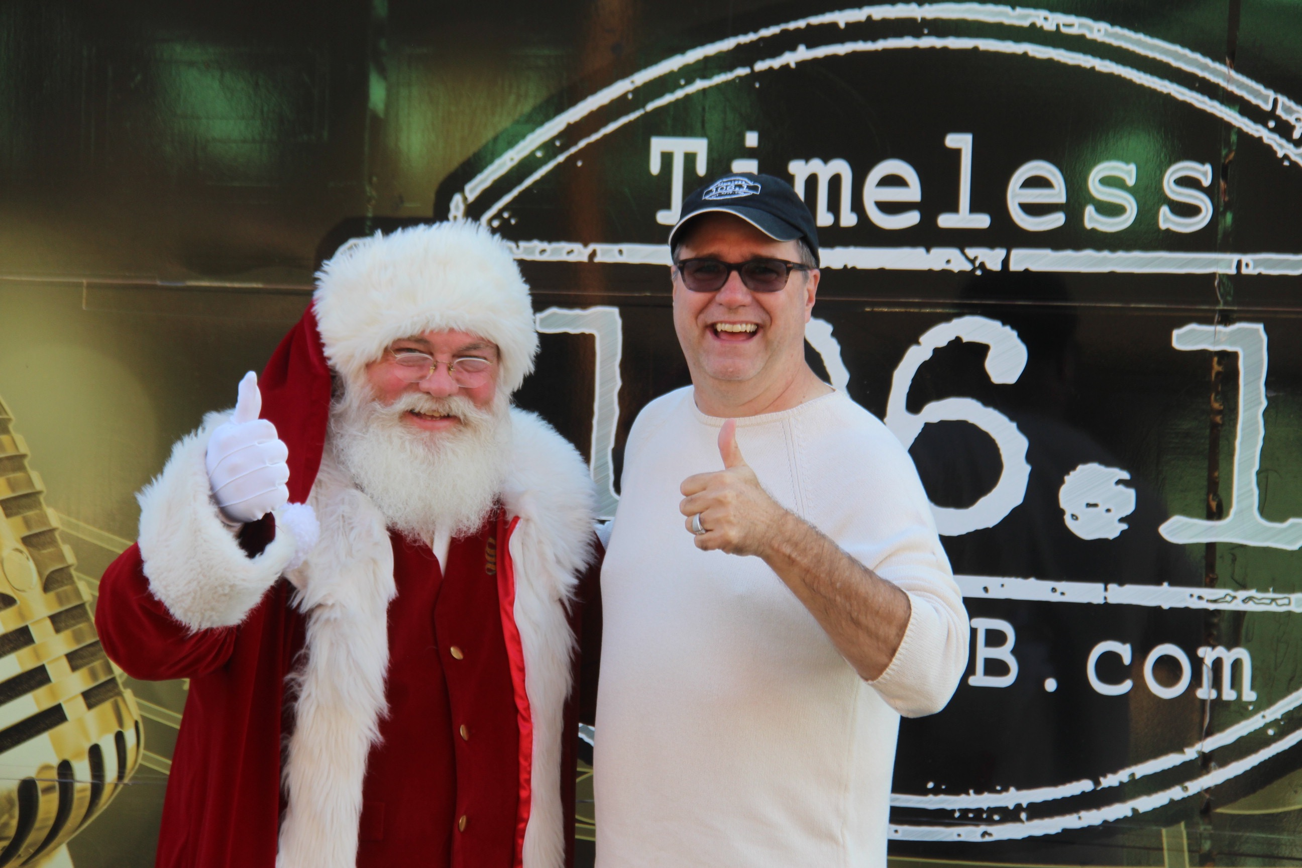 Continuous Christmas Music.Timeless 106 1 Kffb S Christmas Music Preview Weekend This